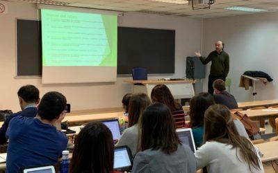 En Madrid, clase en el Master en Estudios Avanzados en Comunicación Política, UCM