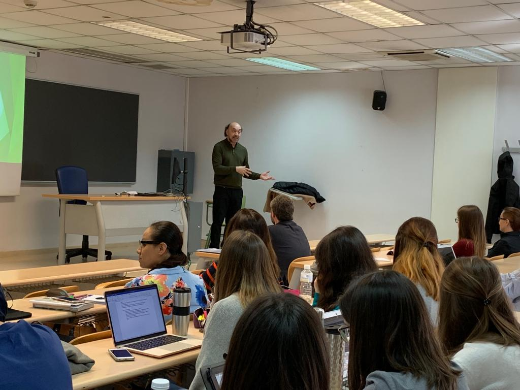 En Madrid, clase en el Master en Estudios Avanzados5