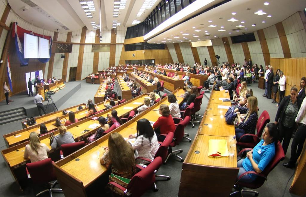 Comunicación Política para el Liderazgo de las Mujeres3