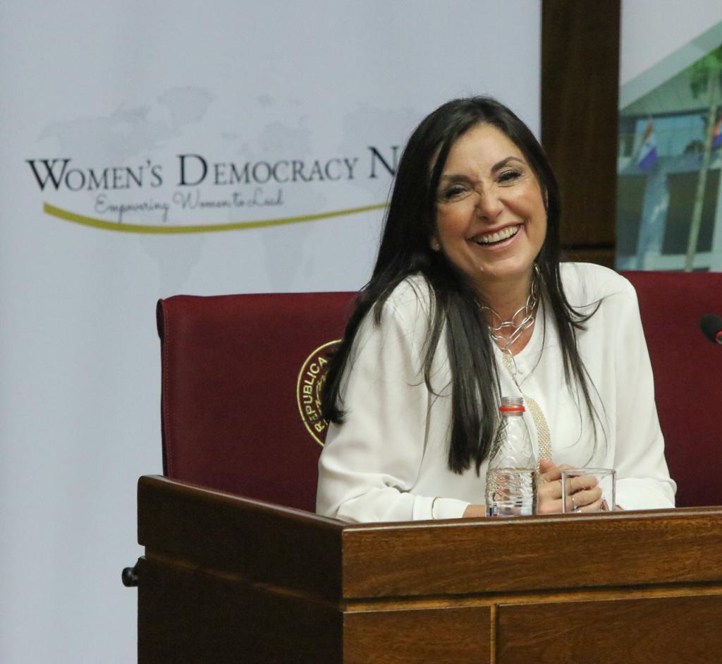Comunicación Política para el Liderazgo de las Mujeres9