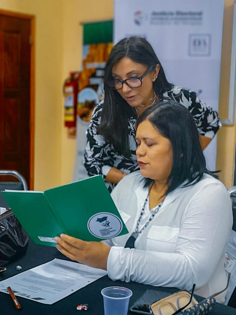 Comunicación y mujeres líderes18