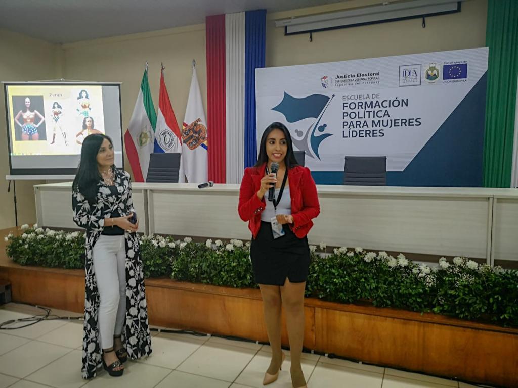 Comunicación y mujeres líderes19