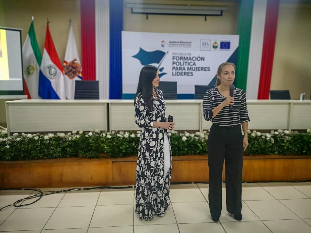 Comunicación y mujeres líderes21