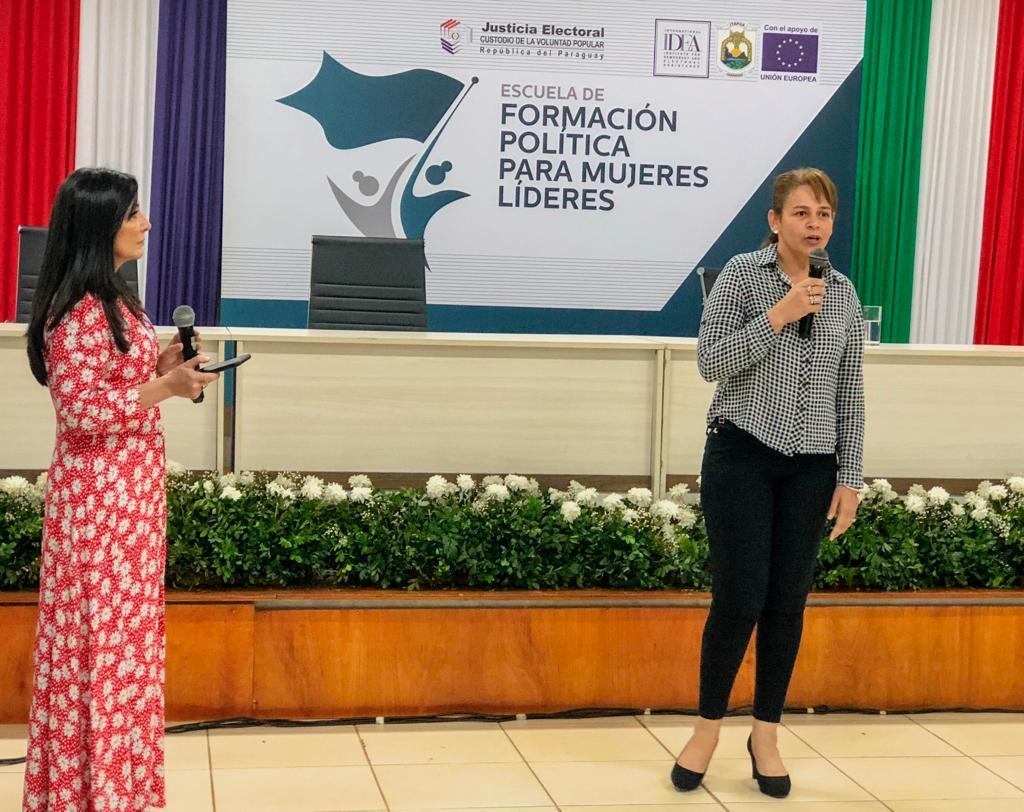 Comunicación y mujeres líderes9