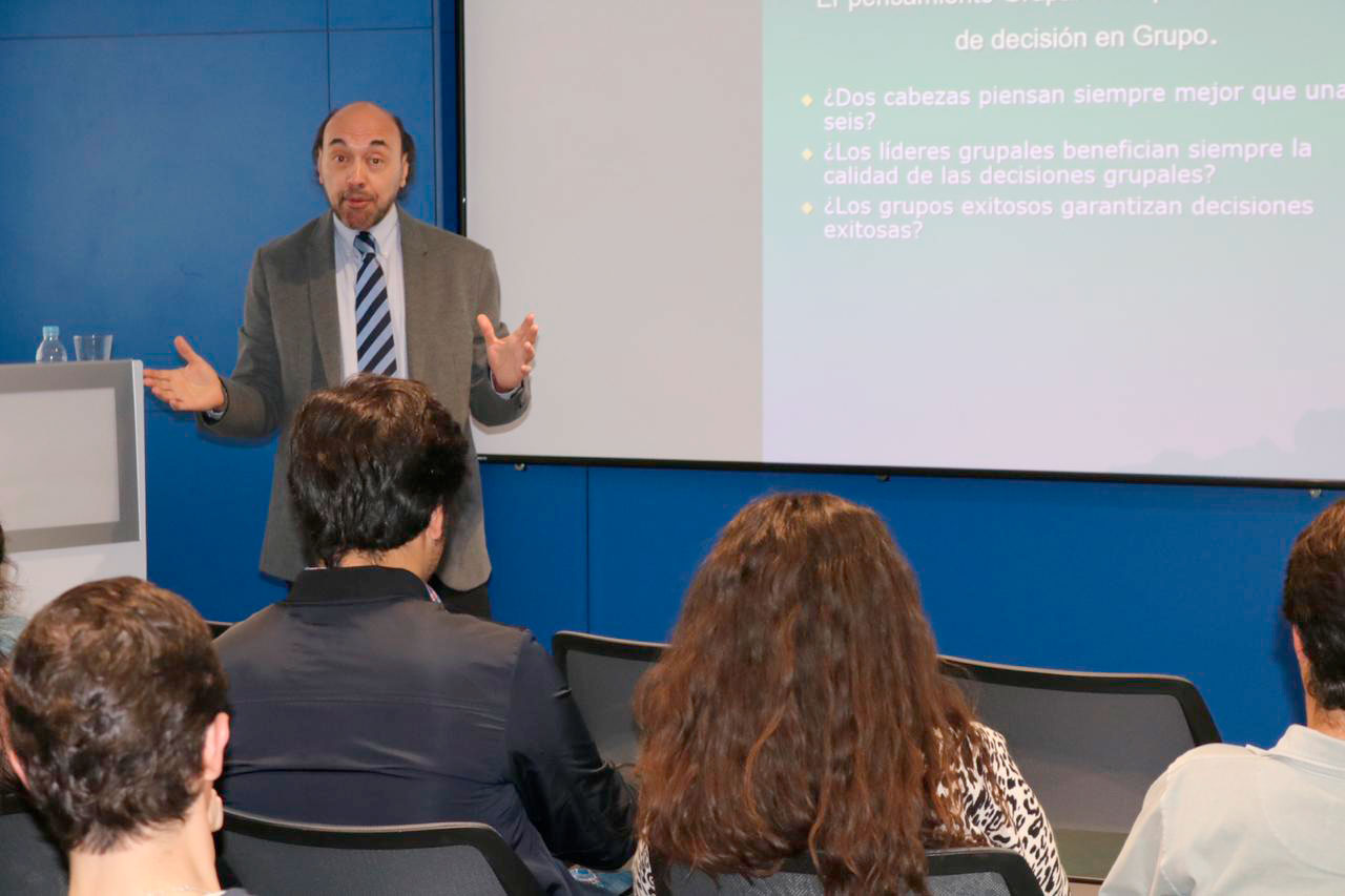 En-Madrid,-procesos-de-toma-de-decisión-y-liderazgo1