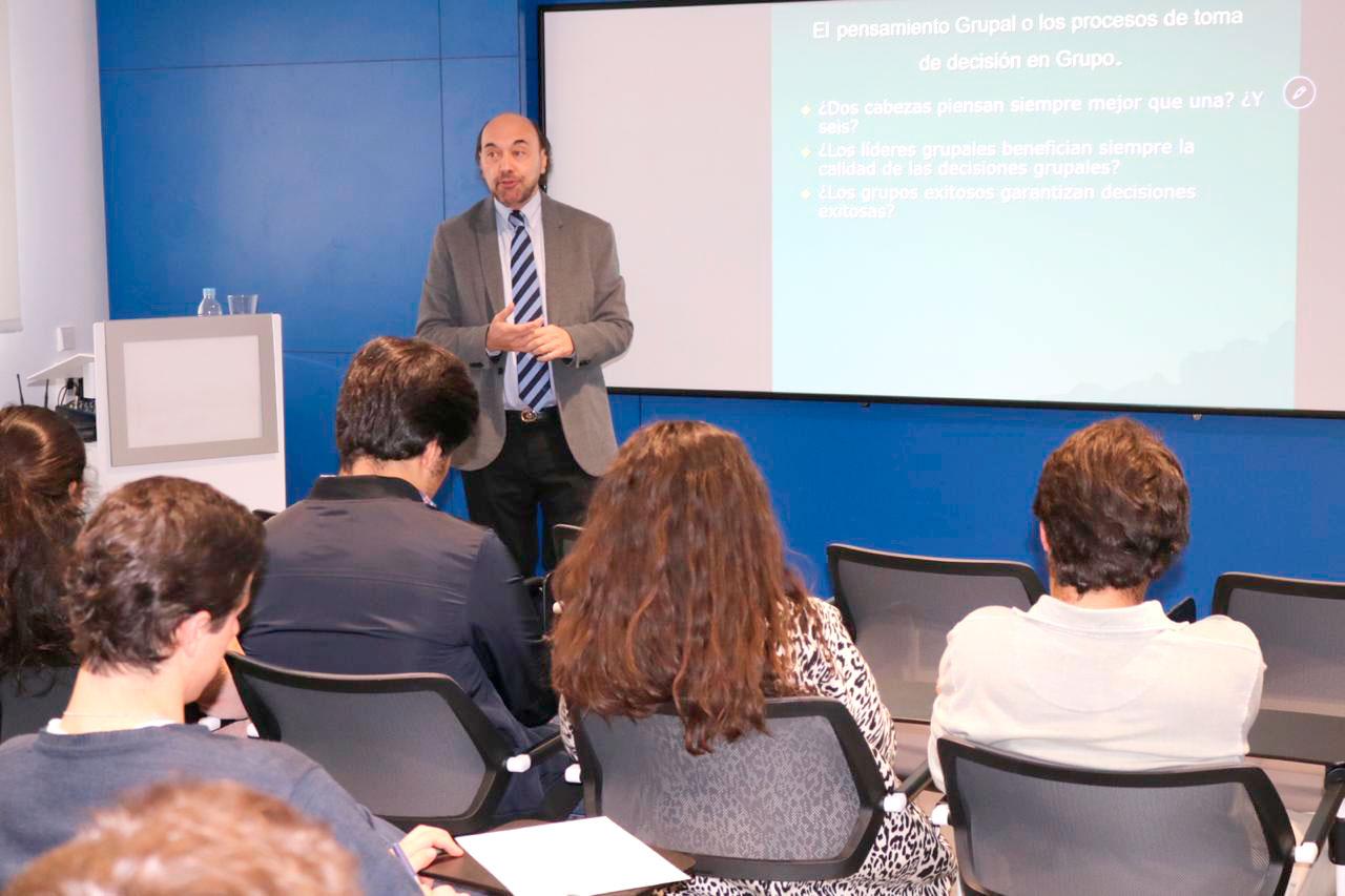 En-Madrid,-procesos-de-toma-de-decisión-y-liderazgo2