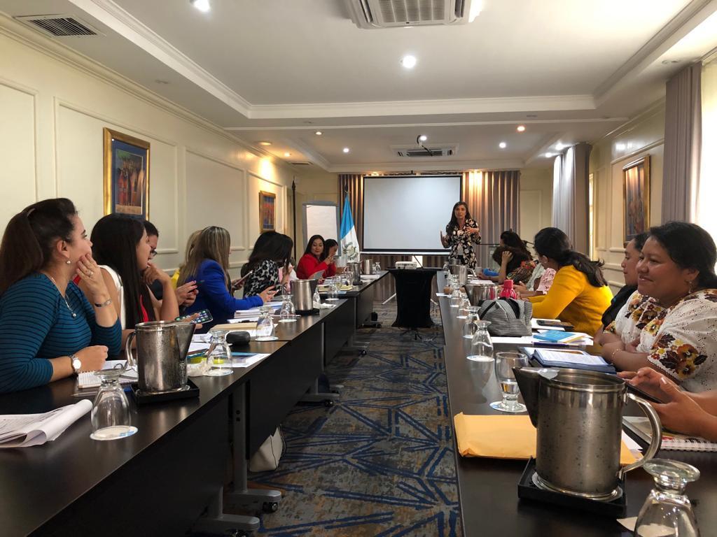 Entrenamiento en comunicación, con ONU Mujeres1