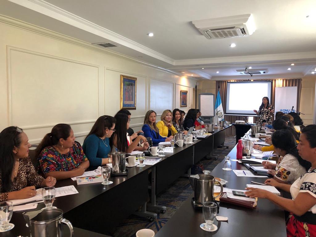Entrenamiento en comunicación, con ONU Mujeres3