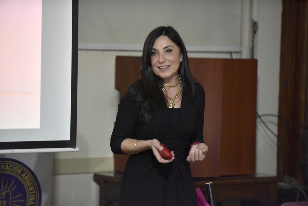 Entrenamiento en comunicación para mujeres profesionales (1)