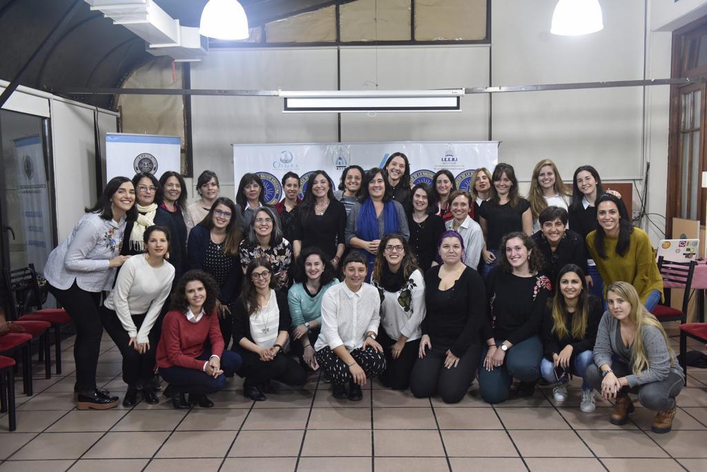 Entrenamiento en comunicación para mujeres profesionales (3)