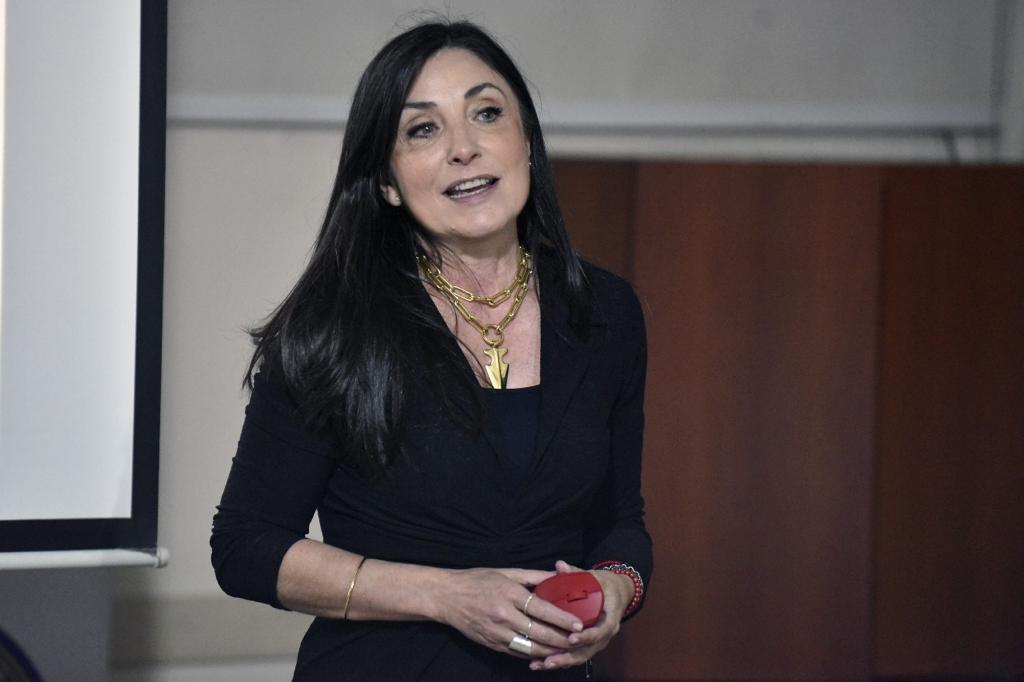 Entrenamiento en comunicación para mujeres profesionales (6)