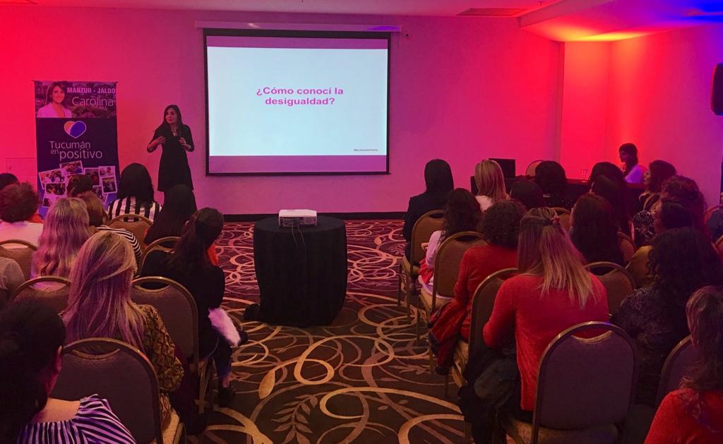 Mujeres, comunicación y liderazgo