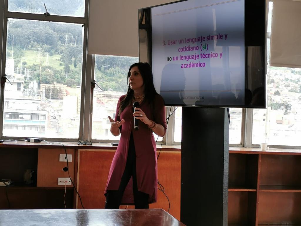 Diseño de una campaña de comunicación para Colombia(5)