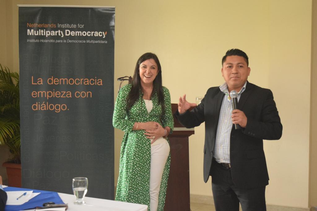 Entrenamiento para legisladores jóvenes (4)