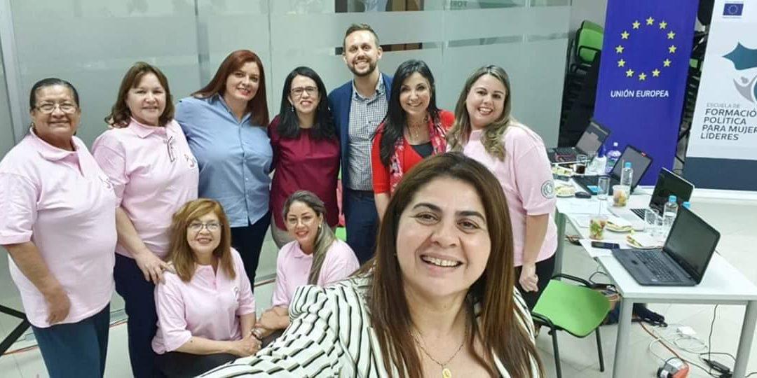Formación para mujeres líderes