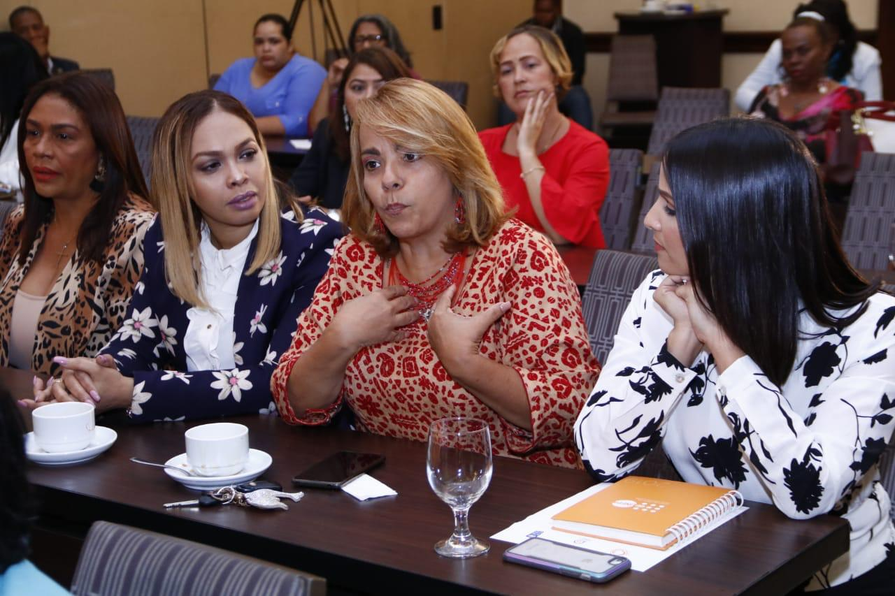 Taller de comunicación para mujeres líderes2