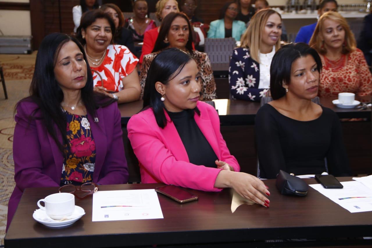 Taller de comunicación para mujeres líderes3
