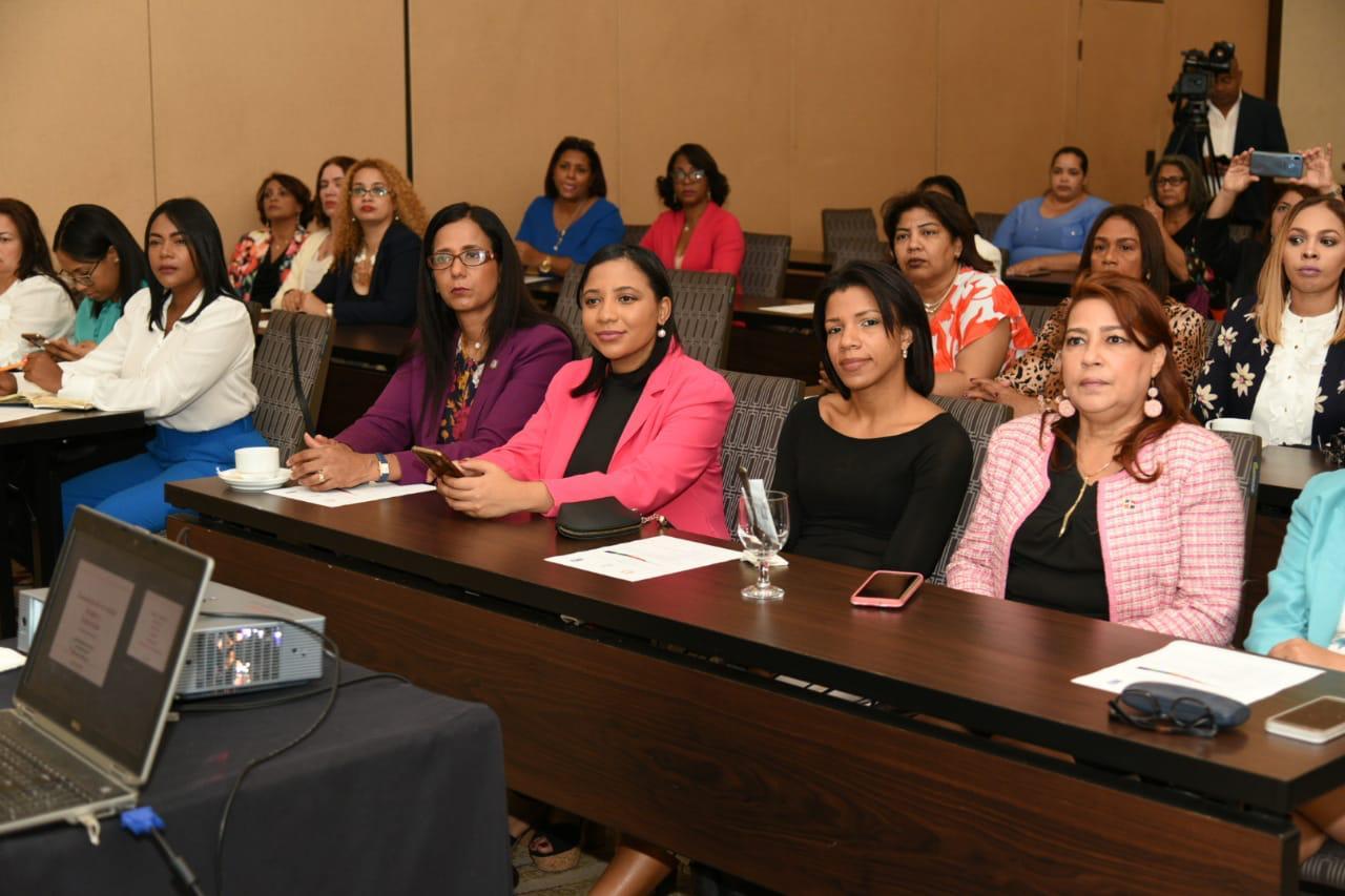 Taller de comunicación para mujeres líderes5