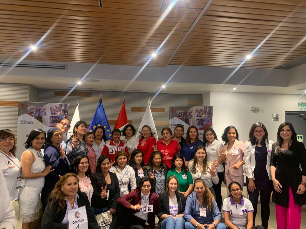 En campaña para las elecciones al Congreso Peru 2020-4