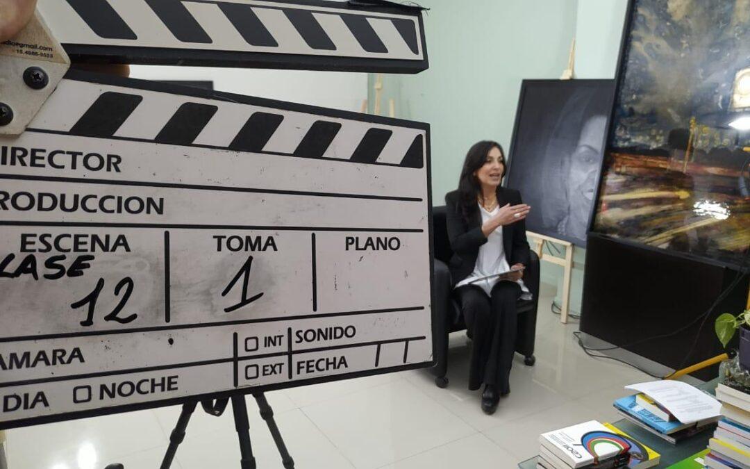 """Virginia García Beaudoux filmó la Masterclass """"Herramientas de comunicación y liderazgo para mujeres políticas"""""""